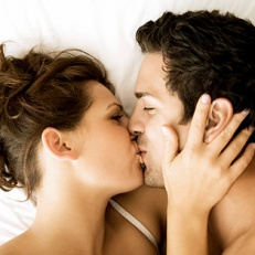 80-milion-bacteria-sealed-with-a-kiss